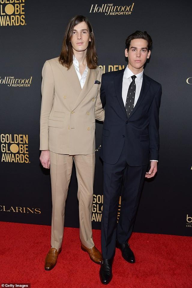 Hai cậu con trai của tài tử Pierce Brosnan trở thành đại sứ Quả Cầu Vàng - 2