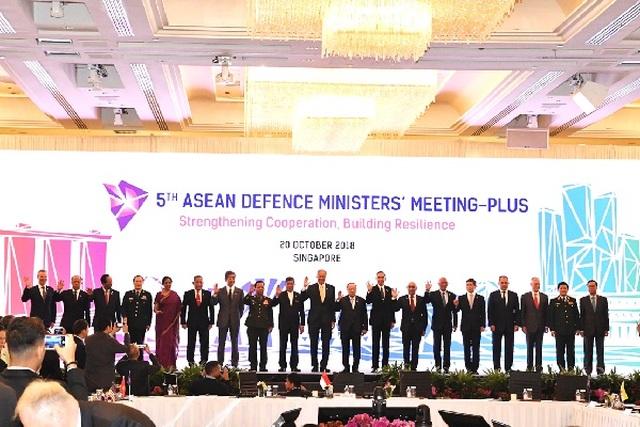 """Vấn đề Biển Đông có thể """"phủ bóng"""" cuộc gặp của các bộ trưởng quốc phòng - 2"""