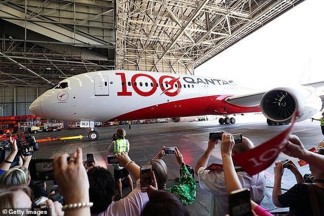 Bên trong chuyến bay thương mại phá 2 kỷ lục thế giới - 7