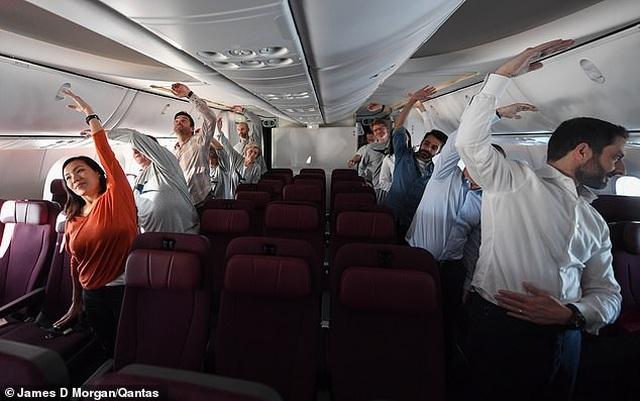 Bên trong chuyến bay thương mại phá 2 kỷ lục thế giới - 6