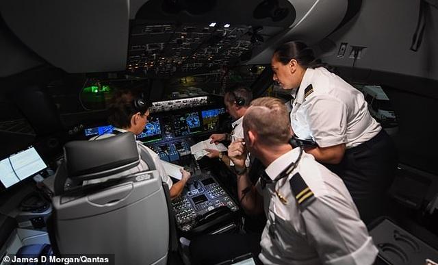 Bên trong chuyến bay thương mại phá 2 kỷ lục thế giới - 8