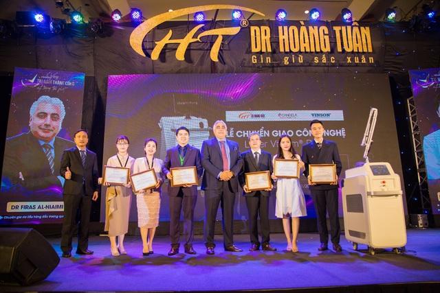 600 người chen chân tại sự kiện trị nám lớn nhất của Dr Hoàng Tuấn - 5