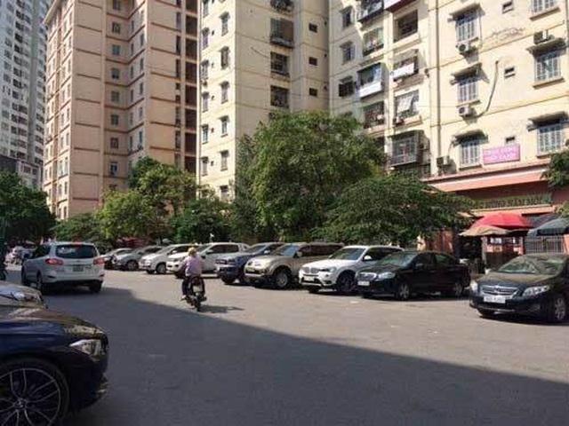 Cấm để xe dưới hầm chung cư, Hà Nội, TP.HCM vỡ trận bãi gửi xe? - 2