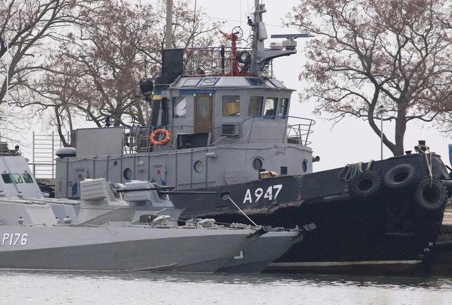 Nga thả 3 tàu chiến của Ukraine - 1