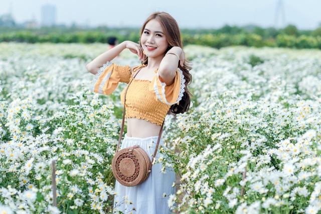 Thiếu nữ Hà thành duyên dáng bên cúc hoạ mi đầu mùa - 8