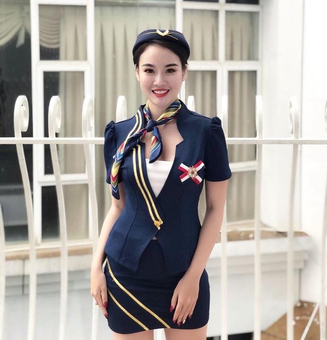 Nữ tiếp viên xinh đẹp dự đoán Việt Nam thắng Thái Lan 2-1 - 2