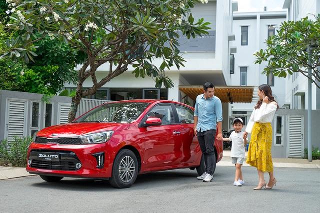 Kia Soluto: Xu hướng lựa chọn xe ô tô của gia đình trẻ - 1