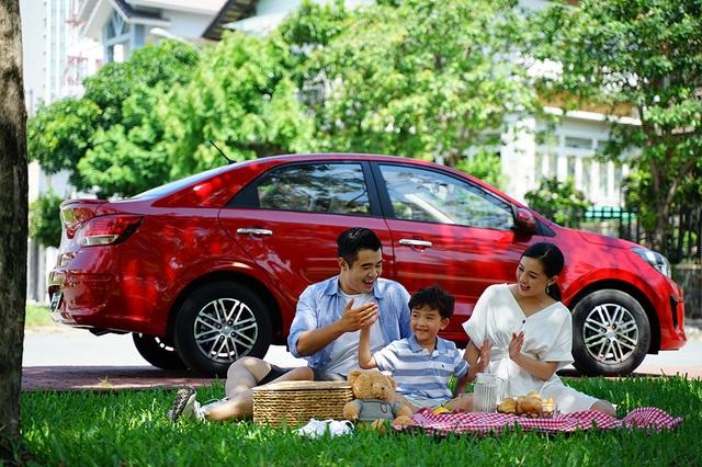 Kia Soluto: Xu hướng lựa chọn xe ô tô của gia đình trẻ - 5