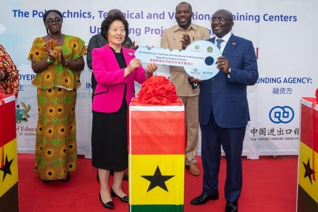 Bất chấp lo ngại môi trường, Ghana tiến hành thỏa thuận bô xít trị giá 2 tỷ USD với Trung Quốc - 1