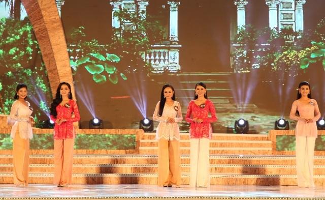 """Cô gái Bến Tre đoạt giải cao nhất cuộc thi """"Người đẹp xứ dừa"""" - 4"""