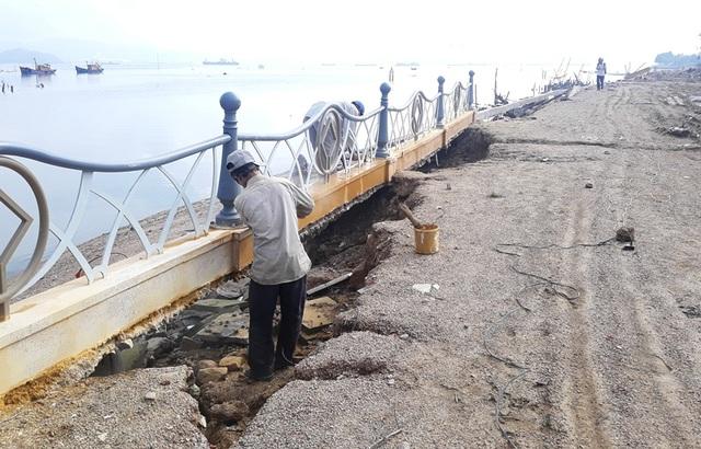 Cận cảnh kè sông gần 12 tỷ đồng chưa bàn giao đã bị sóng đánh tan nát - 7