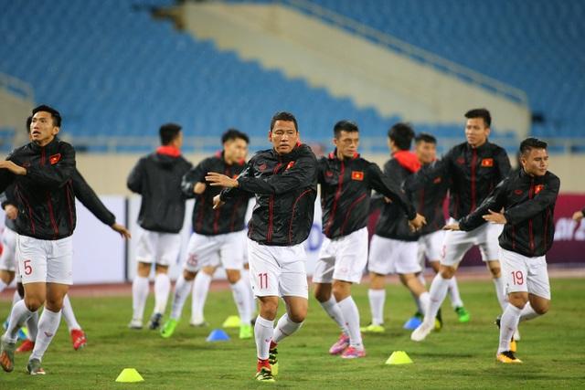 Ông trời ủng hộ, đội tuyển Việt Nam luyện công chờ đấu Thái Lan - 6