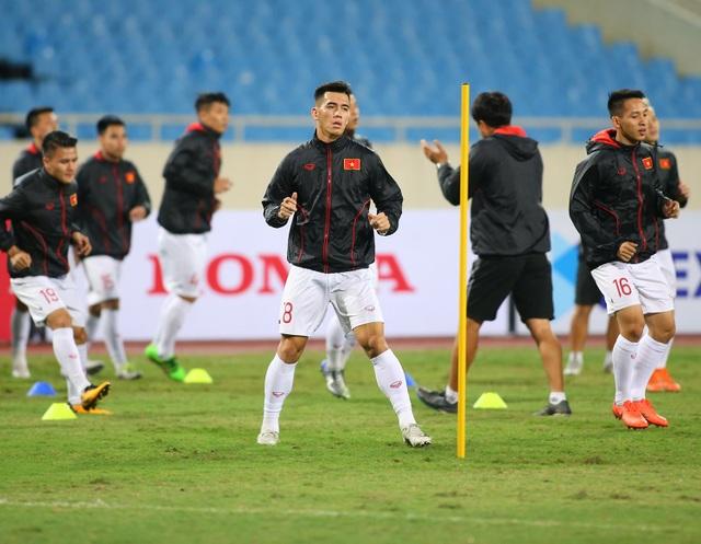 Ông trời ủng hộ, đội tuyển Việt Nam luyện công chờ đấu Thái Lan - 2