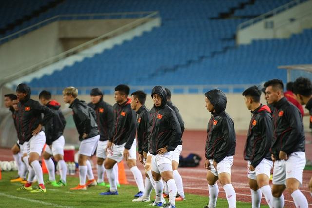 Ông trời ủng hộ, đội tuyển Việt Nam luyện công chờ đấu Thái Lan - 3