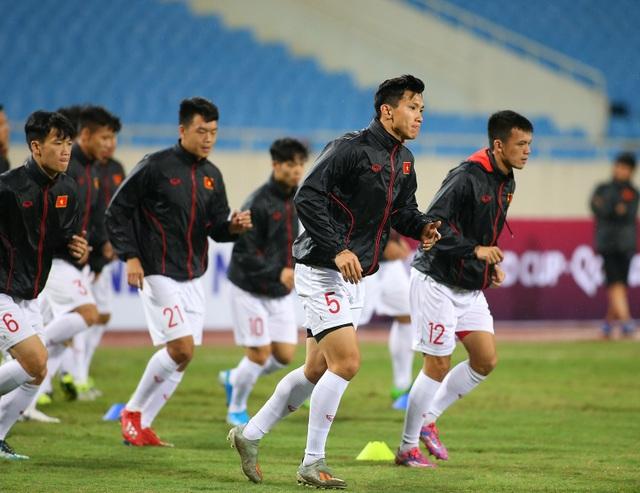 Ông trời ủng hộ, đội tuyển Việt Nam luyện công chờ đấu Thái Lan - 7