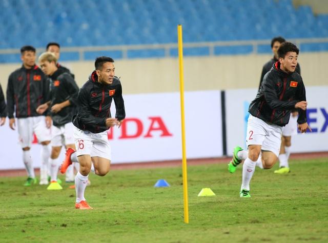 Ông trời ủng hộ, đội tuyển Việt Nam luyện công chờ đấu Thái Lan - 8