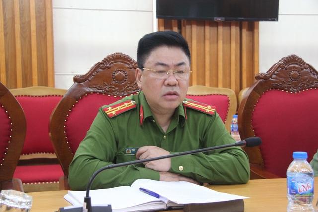 """Công an Hưng Yên lý giải vì sao CSGT để mặc """"người lạ"""" bắt dân xóa clip - 1"""