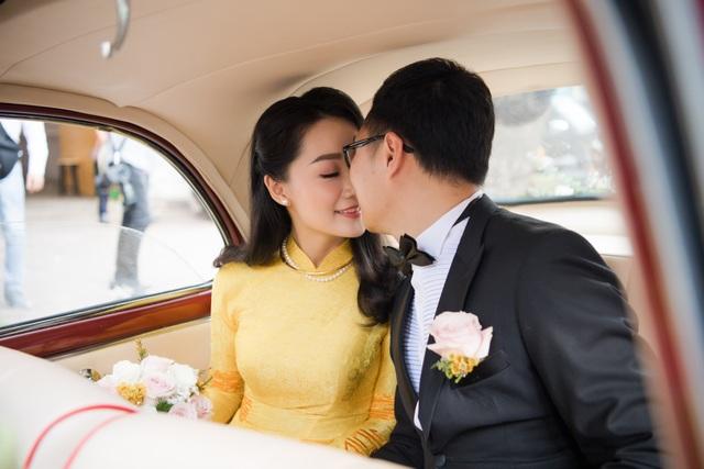 """Trọn vẹn ảnh cưới đẹp như mơ của """"BTV Thời sự trẻ nhất VTV"""" - 23"""