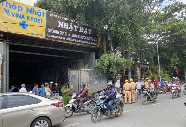 Trộm xe tải gây tai nạn liên hoàn trên đường phố Sài Gòn - 1