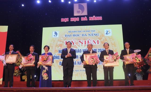 Chủ tịch Đà Nẵng cam kết tích cực thúc đẩy dự án làng đại học - 2