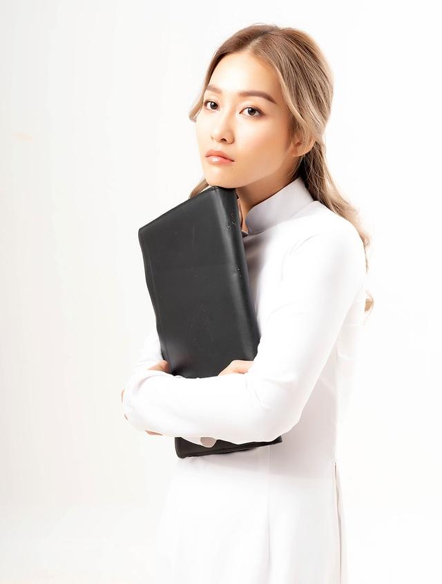 Khả Ngân và Hoàng Yến Chibi mừng ngày 20/11 trong bộ ảnh thời học sinh - 5