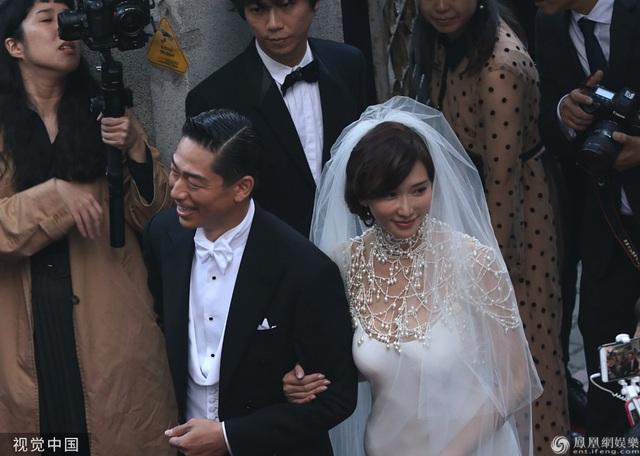 Trong ngày cưới của Lâm Chí Linh, tình cũ Ngôn Thừa Húc liên tục bị gọi tên - 4