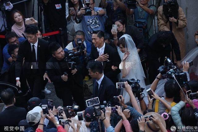 Trong ngày cưới của Lâm Chí Linh, tình cũ Ngôn Thừa Húc liên tục bị gọi tên - 5