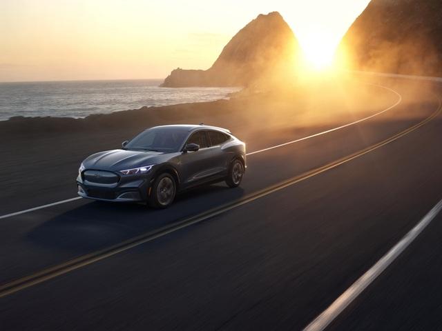 Ford Mustang Mach-E chính thức gia nhập phân khúc SUV chạy điện - 7