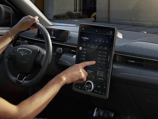 Ford Mustang Mach-E chính thức gia nhập phân khúc SUV chạy điện - 23