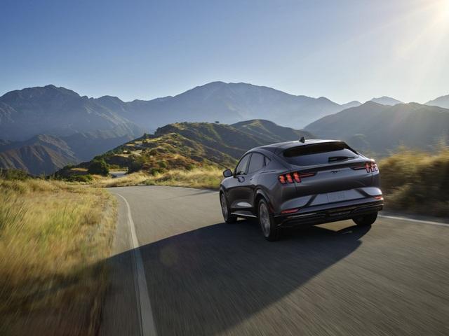 Ford Mustang Mach-E chính thức gia nhập phân khúc SUV chạy điện - 30