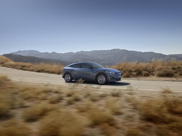Ford Mustang Mach-E chính thức gia nhập phân khúc SUV chạy điện - 29