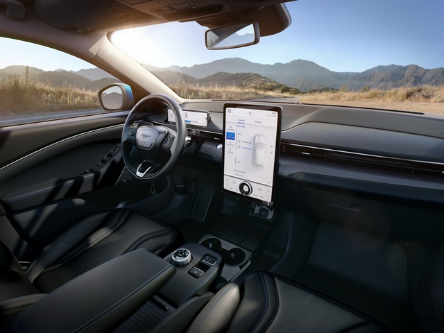 Ford Mustang Mach-E chính thức gia nhập phân khúc SUV chạy điện - 21