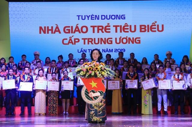 75 nhà giáo trẻ tiêu biểu nhận giải thưởng của Trung ương Đoàn - 1