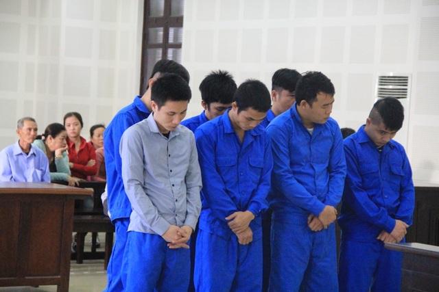 Nhóm thanh niên chuyên trộm dây cáp điện, gây thiệt hại hơn 800 triệu đồng - 1