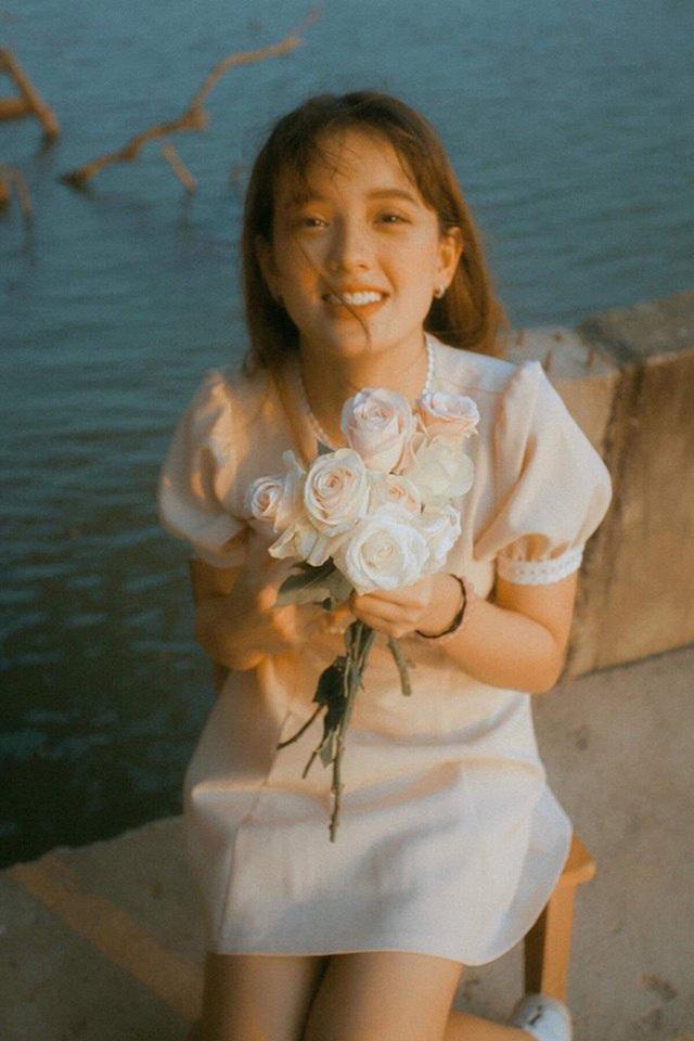 Bông hồng lai Việt Nam - Hà Lan gây thương nhớ với nhan sắc tuổi trăng rằm - 1