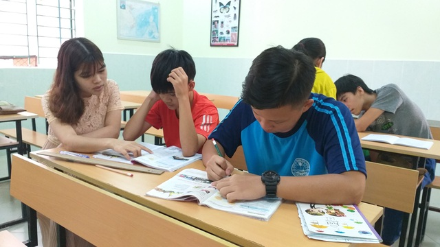 Lớp học cộng đồng miễn phí cho trẻ em nghèo - 2