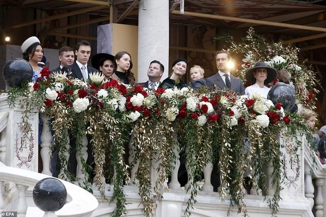 Nàng dâu gốc Việt lần đầu xuất hiện công khai trong sự kiện Hoàng gia Monaco - 3