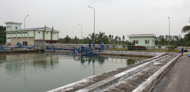 Dân hoang mang khi nước sinh hoạt bỗng dưng có độ mặn cao - 1