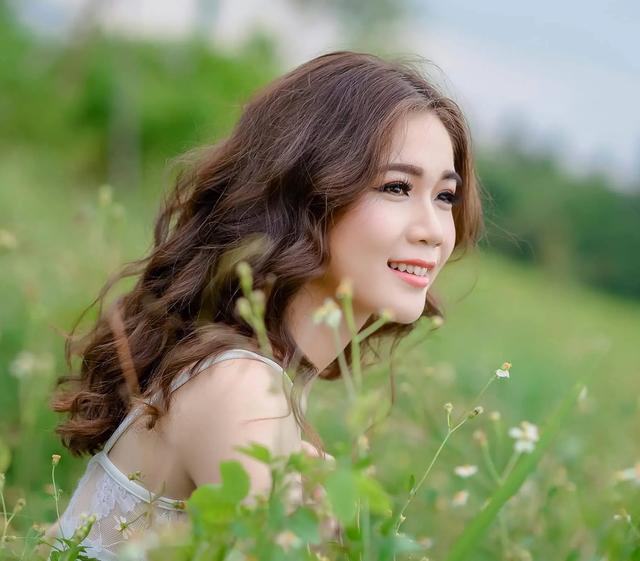 Tập trung học đại học, tân Hoa khôi xứ Dừa từ bỏ cơ hội tiến thân nhờ nhan sắc  - 6
