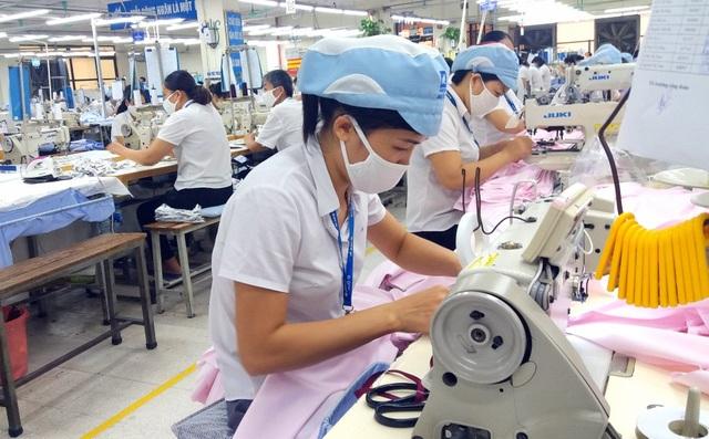 Tổ chức ILO: Người lao động hưởng lợi từ Luật Lao động sửa đổi - 1