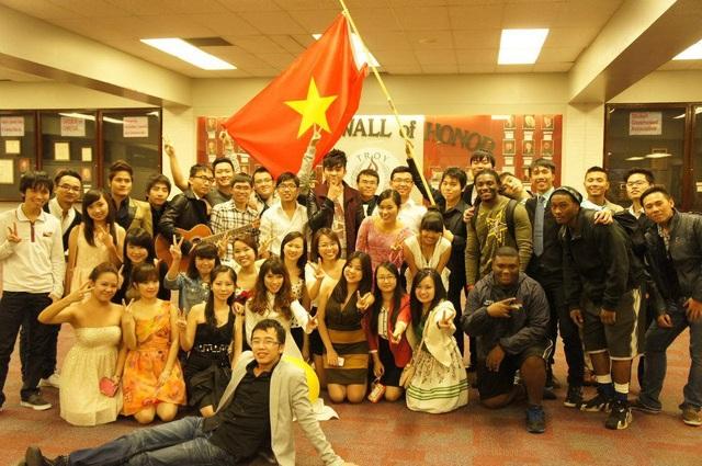Du học sinh Việt Nam đóng góp gần 1 tỷ đô la cho nền kinh tế Mỹ - 1