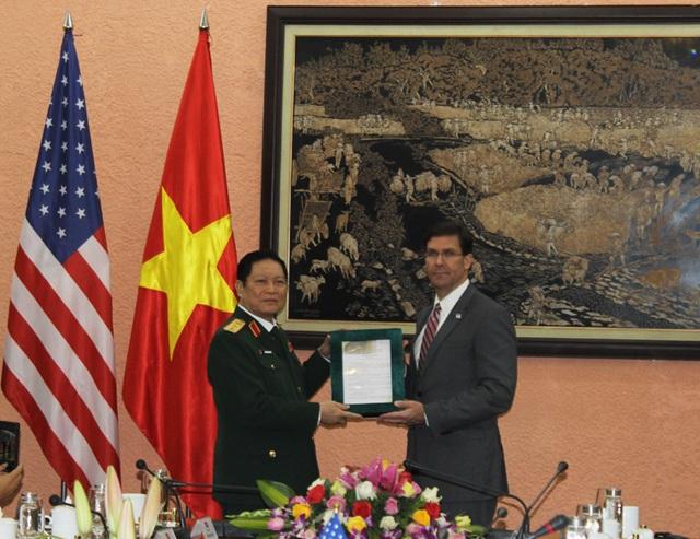Bộ trưởng Bộ Quốc phòng Hoa Kỳ Mark Esper thăm chính thức Việt Nam - 6