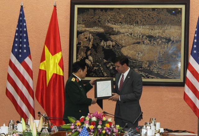Bộ trưởng Bộ Quốc phòng Hoa Kỳ Mark Esper thăm chính thức Việt Nam - 5