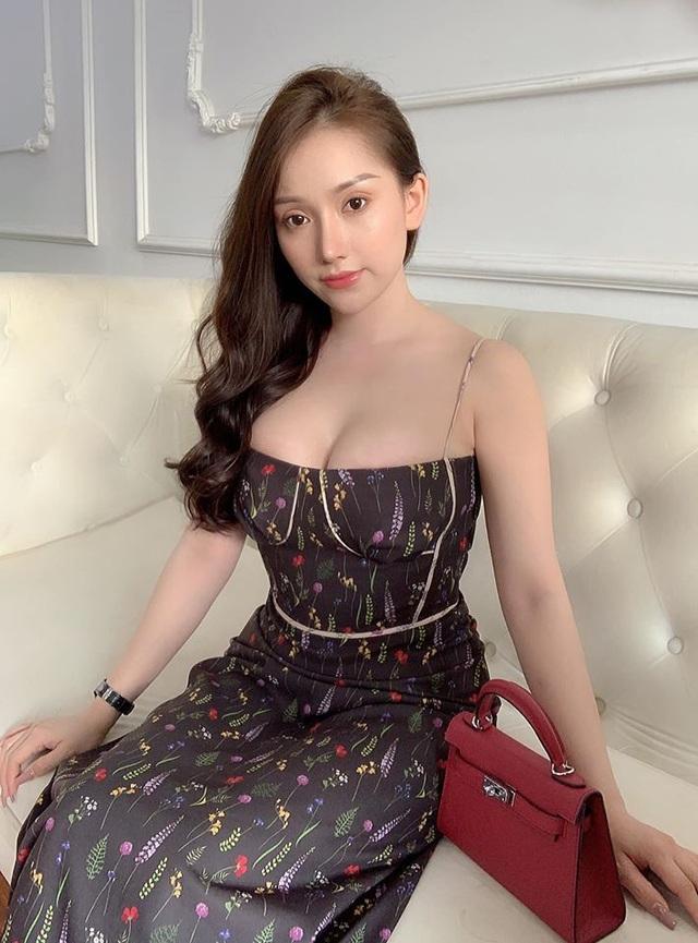 Bạn gái cầu thủ Việt - Ai nóng bỏng nhất? - 10