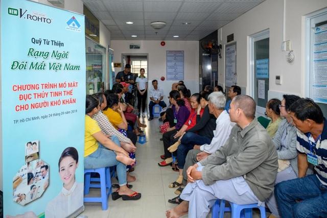 Học bổng Rohto-Mentholatum (VN) tiếp sức ước mơ cho sinh viên Cao đẳng Y tế Bình Dương - 2