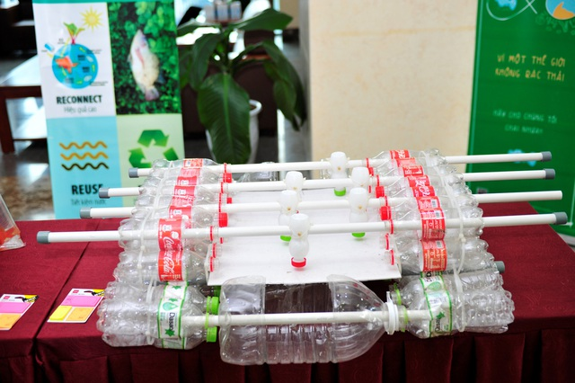 """Coca-Cola """"tuyên chiến"""" với rác thải nhựa tại Việt Nam - 2"""