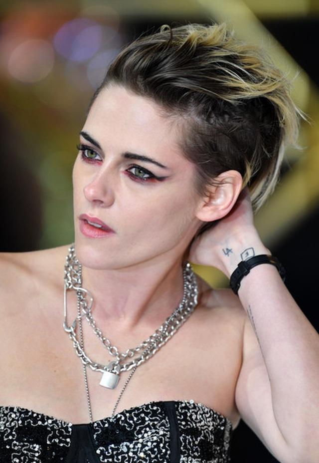 Kristen Stewart chuẩn men đi quảng bá phim mới - 4