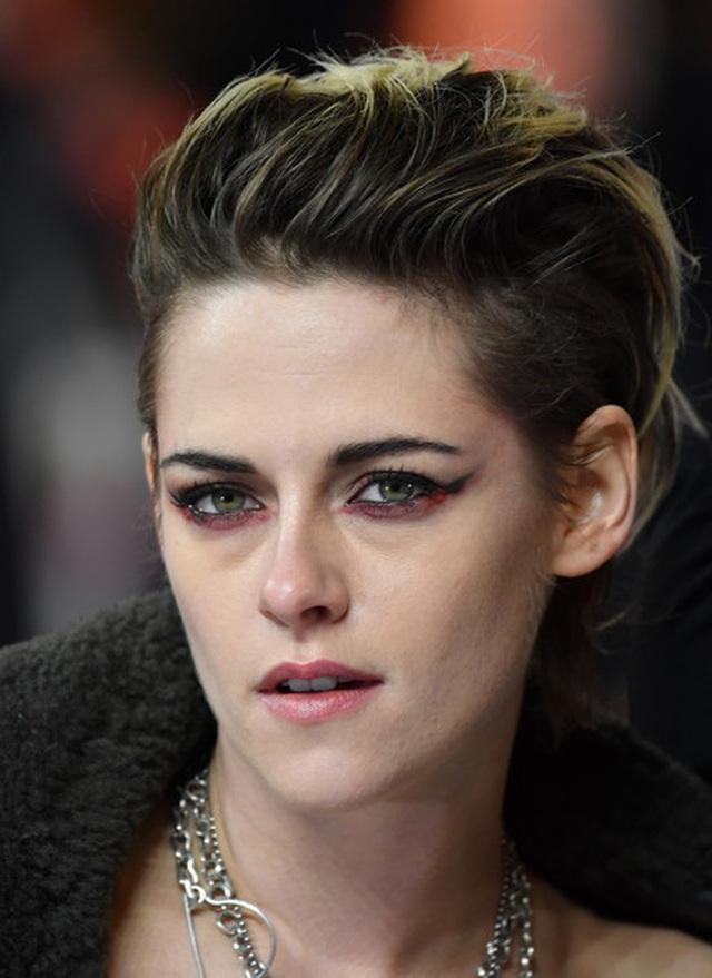 Kristen Stewart chuẩn men đi quảng bá phim mới - 1