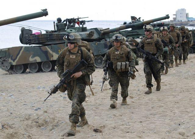 """Hàn Quốc """"né"""" 5 tỷ USD phí bảo vệ, ông Trump tính rút 4.000 lính Mỹ - 1"""