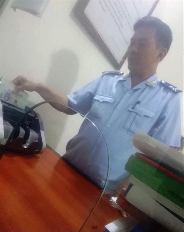 """Đình chỉ hai sếp Chi cục hải quan ở Điện Biên vì """"làm luật"""" tiền triệu ở cửa khẩu - 1"""
